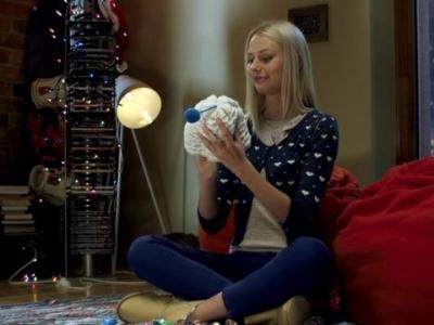 Laima Knitting Ad (Hat)